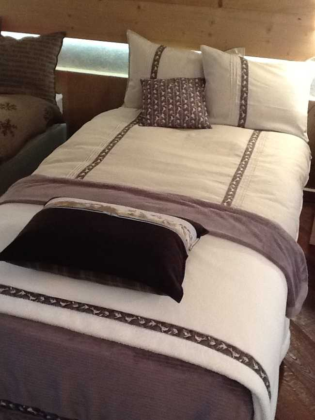 cliquer pour agrandir. Black Bedroom Furniture Sets. Home Design Ideas
